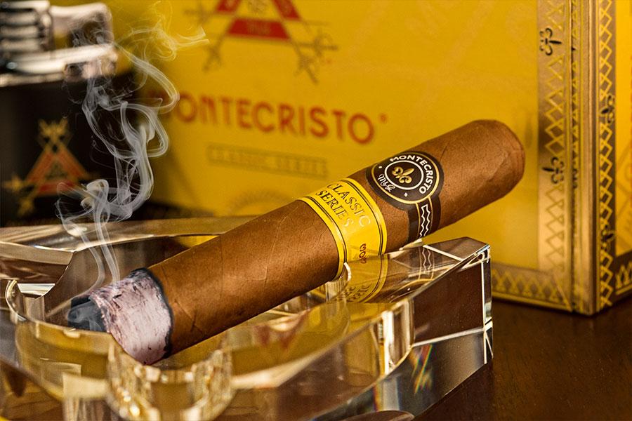 Montecristo Classic Cigar Review